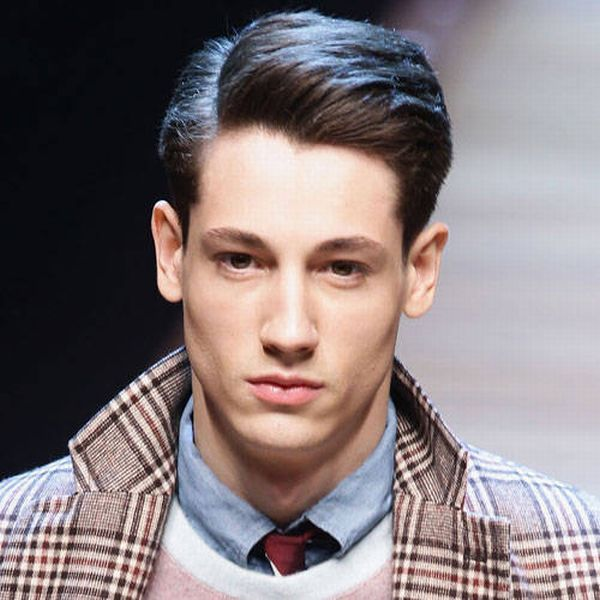 mens-short-hairstyles-side-part